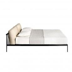 Etiquette Bed