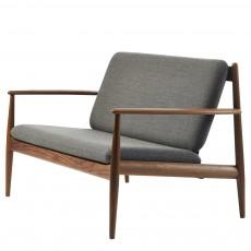 GJ 118 Sofa