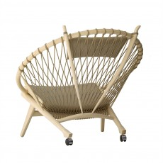 PP130 Circular Chair