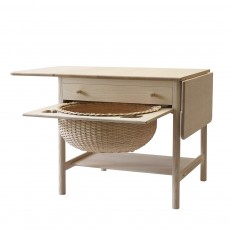 PP33 Sewing Table