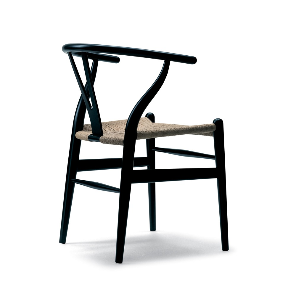 CH24 Wishbone Chair in Oak designed by Hans J. Wegner for Carl Hansen and Son
