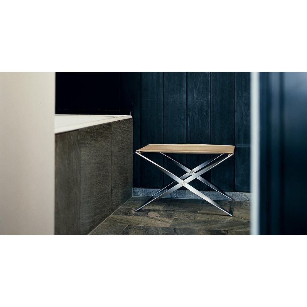 PK91 stool designed by Poul Kjaerholm for Republic of Fritz Hansen