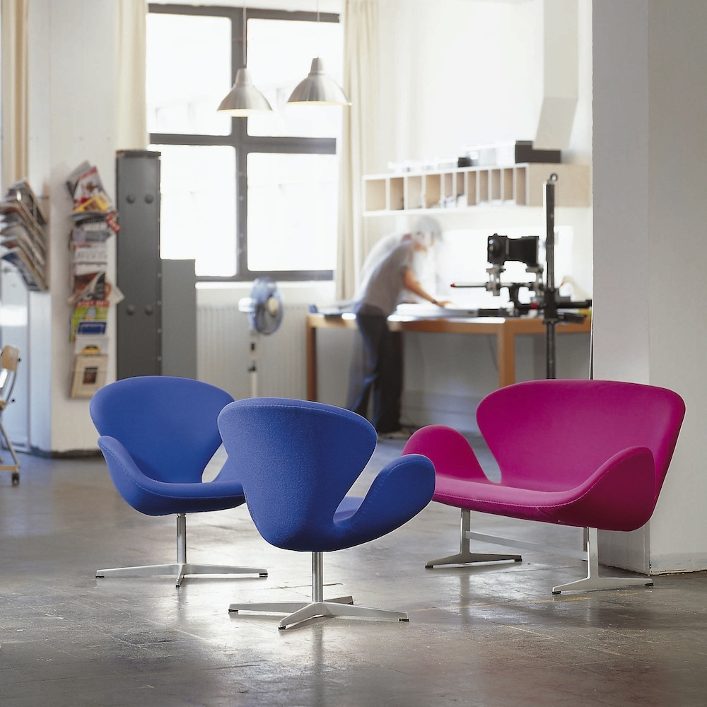 Swan™ Chair designed by Arne Jacobsen for Republic of Fritz Hansen