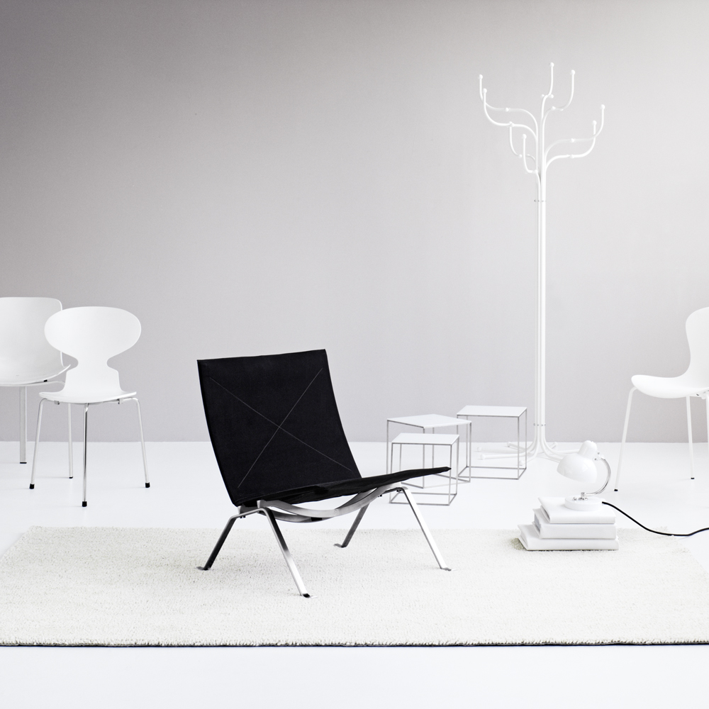 PK71™ Nesting Tables designed by Poul Kjaerholm for Republic of Fritz Hansen