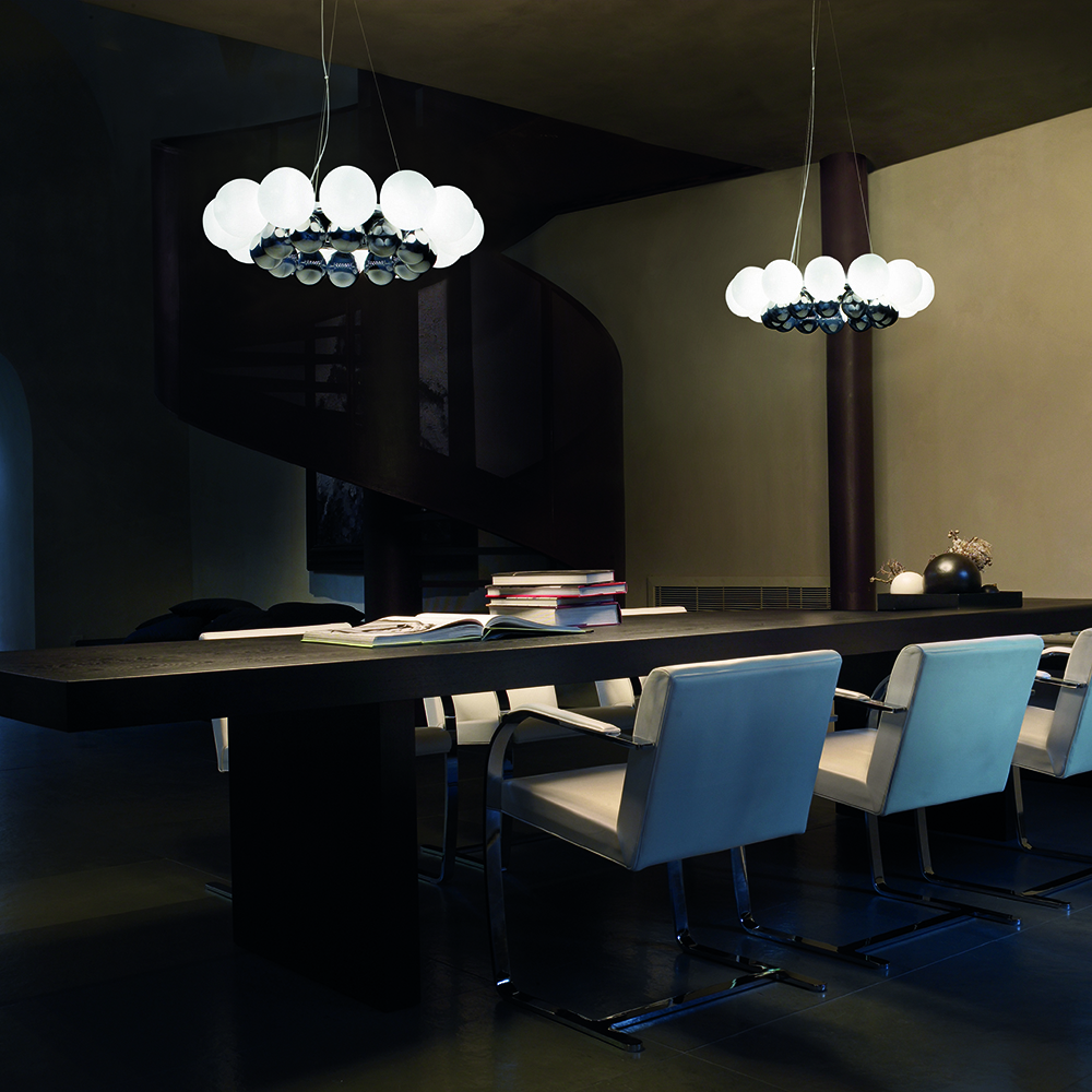24 Pearls suspension light designed Romani Saccani Architetti Associati for Vistosi