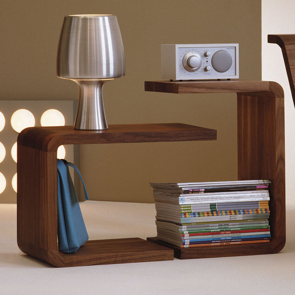 Waiter Waitress side table walnut Formstelle Zeitraum