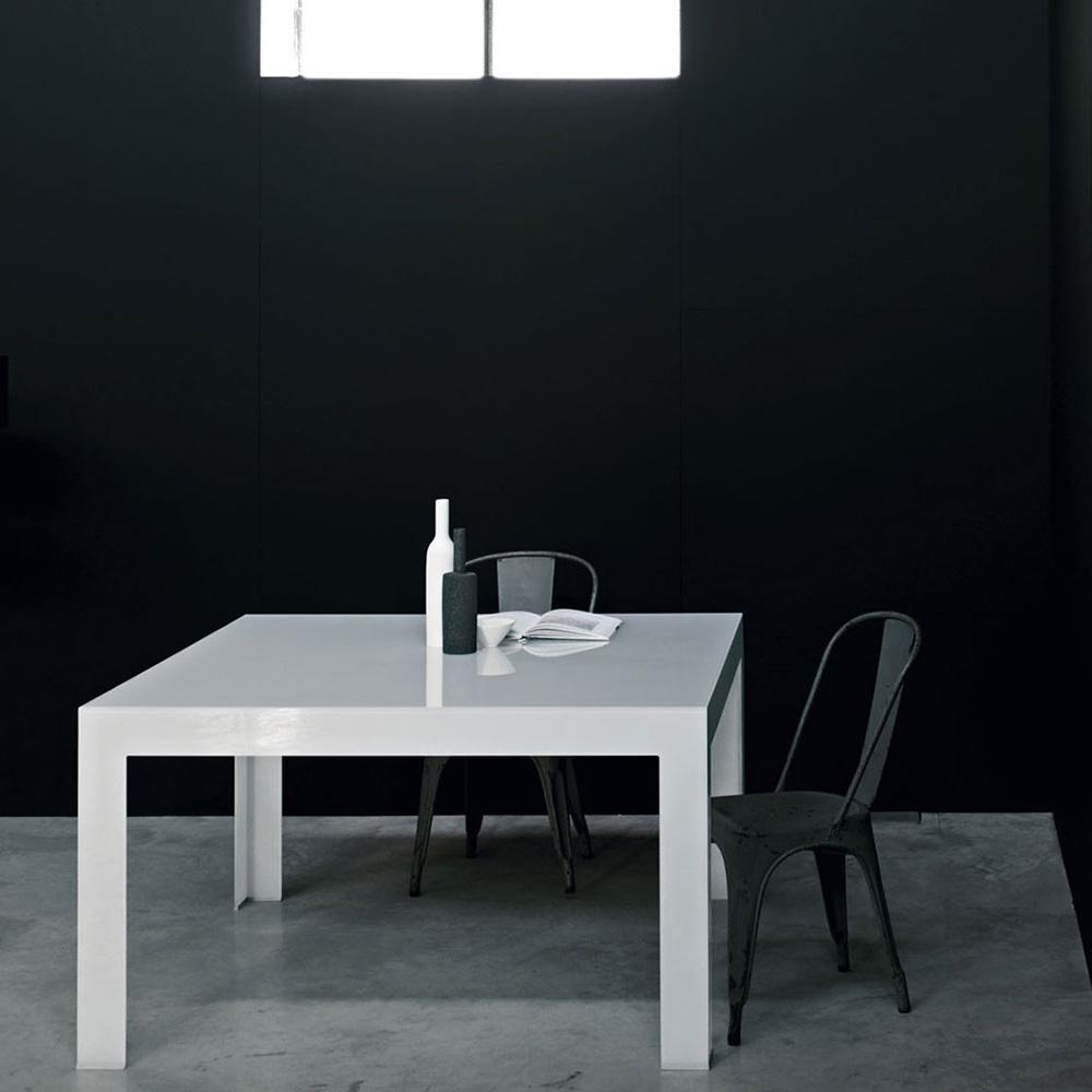 Atlantis Alti white square glass dining table Lorenzo Arosio Glas Italia