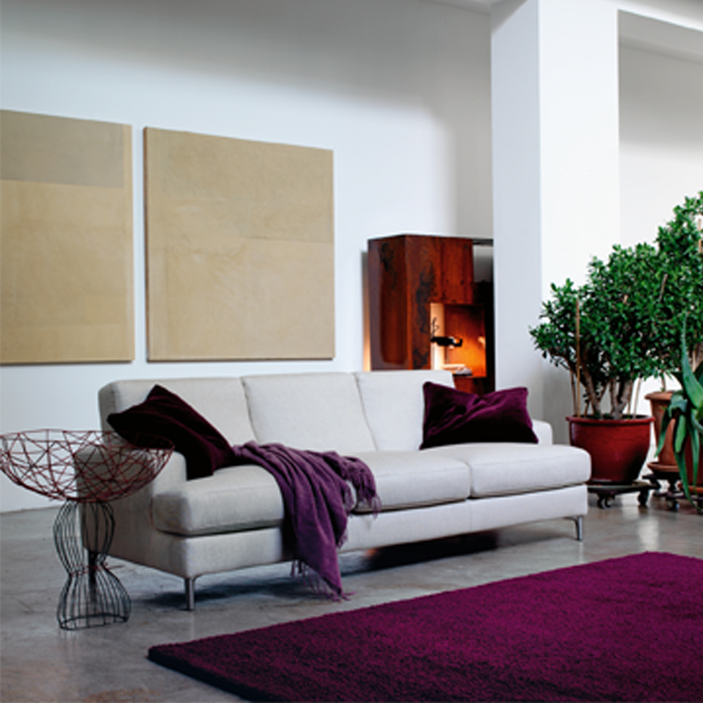 Avedon sofa collection designed by Lievore, Altherr, Molina for Verzelloni.