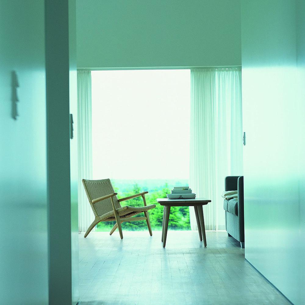 CH011 designed by Hans J. Wegner for Carl Hansen & Son
