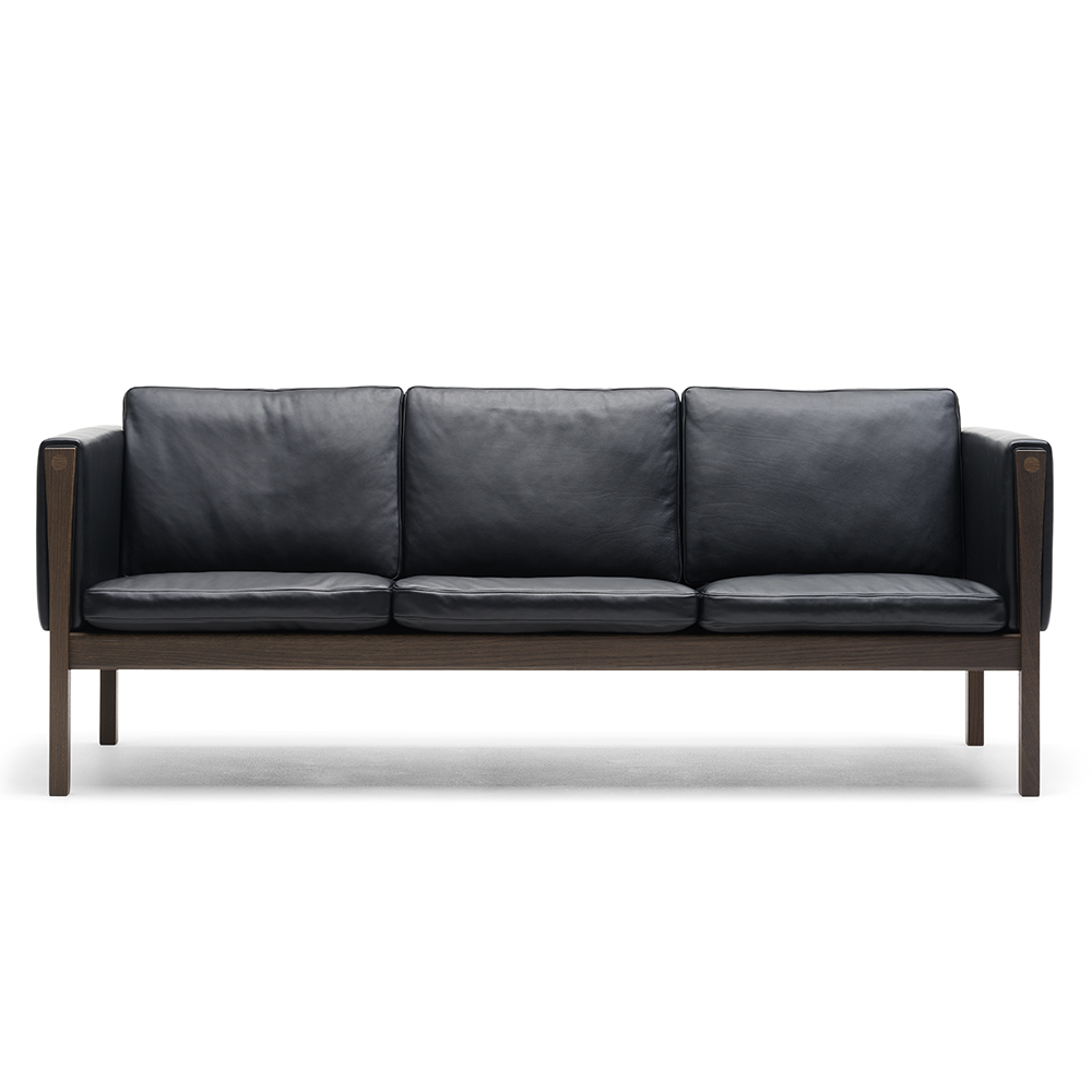 ch162 and ch163 sofas hans j wegner carl hansen son suite ny. Black Bedroom Furniture Sets. Home Design Ideas