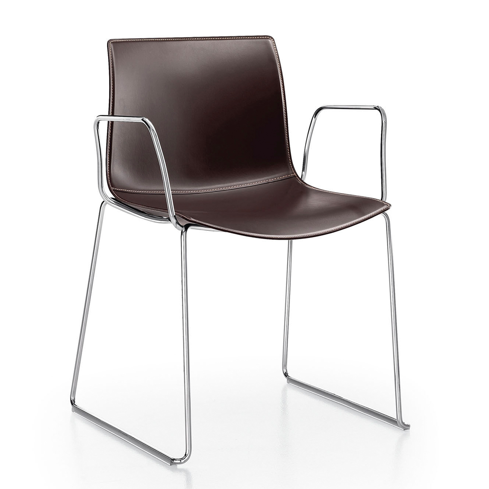 CAtifa 46 Sled Chair Arper brown leather