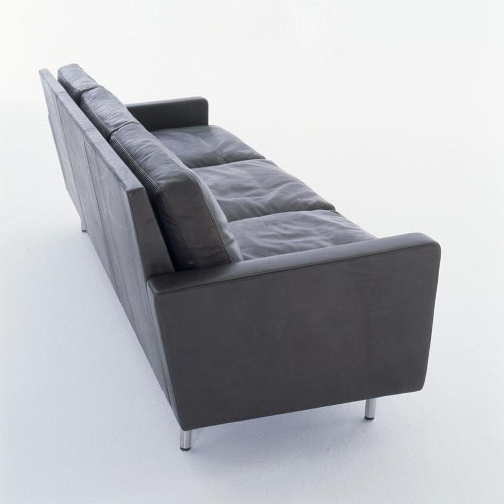 Square Sofa designed by DePadova
