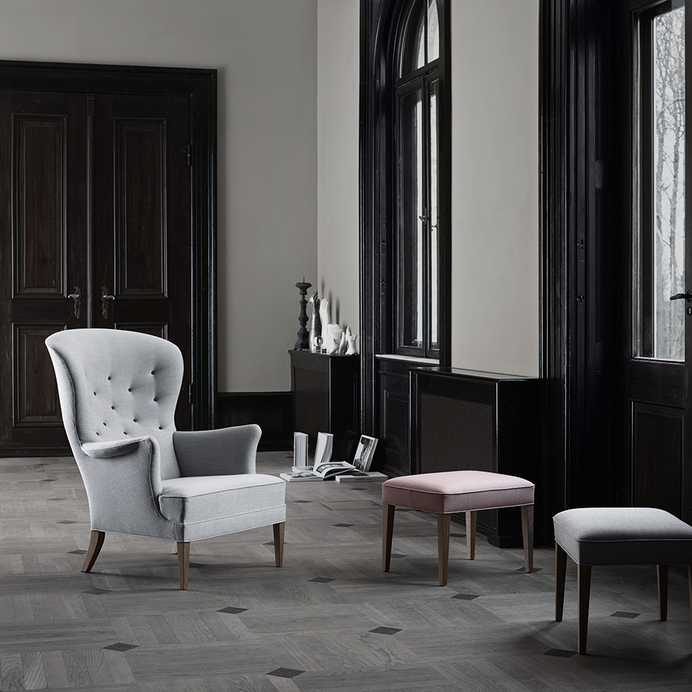 FH419 Heritage Chair designed by Frits Henningsen, manufactured by Carl Hansen & Son