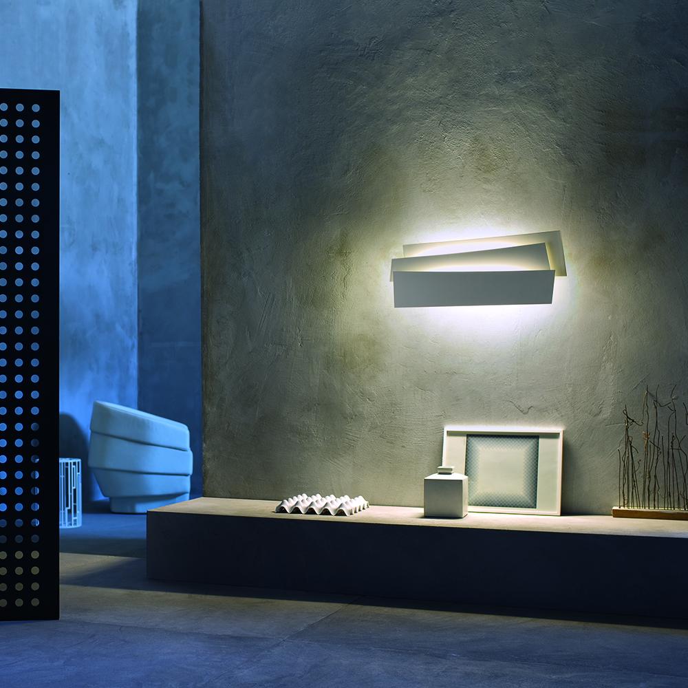 Innerlight scuptural wall light designed by SImon Pengelley for Foscarini