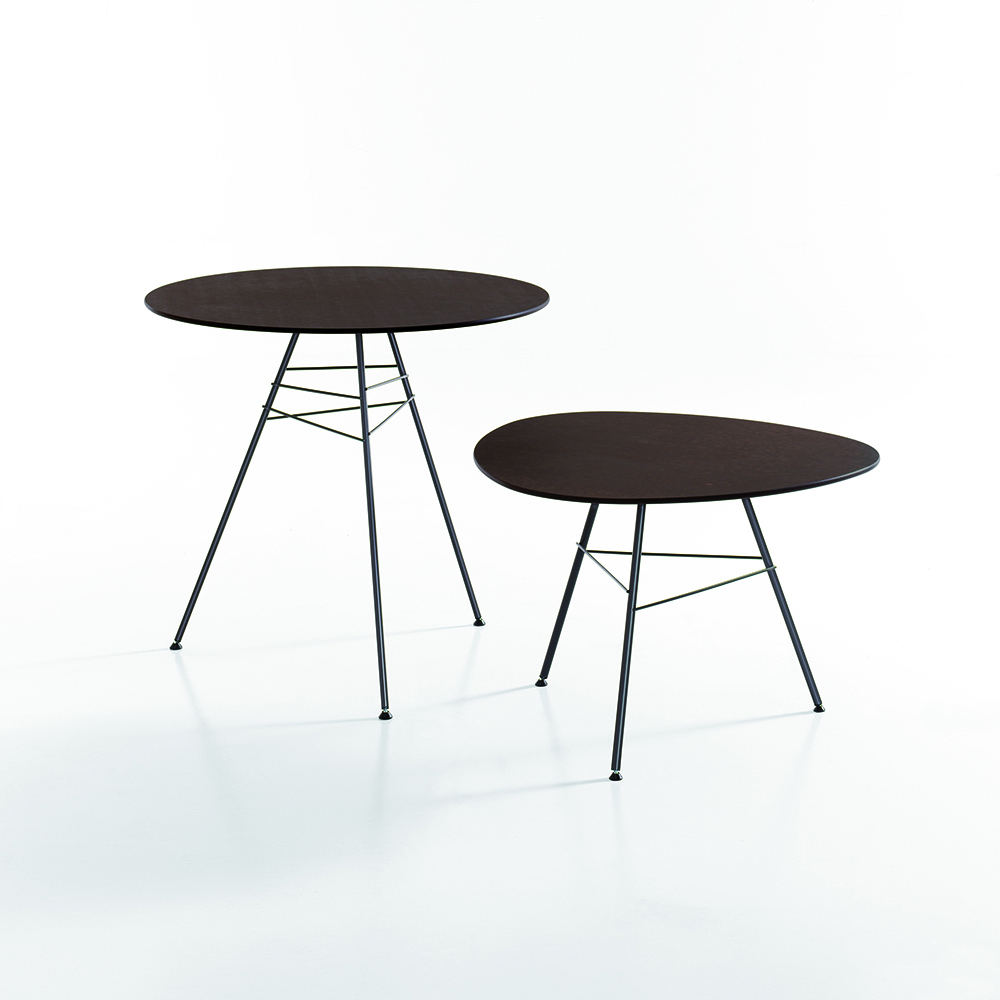 Leaf Table collection designed by Leivore, Altherr, Molina for Arper