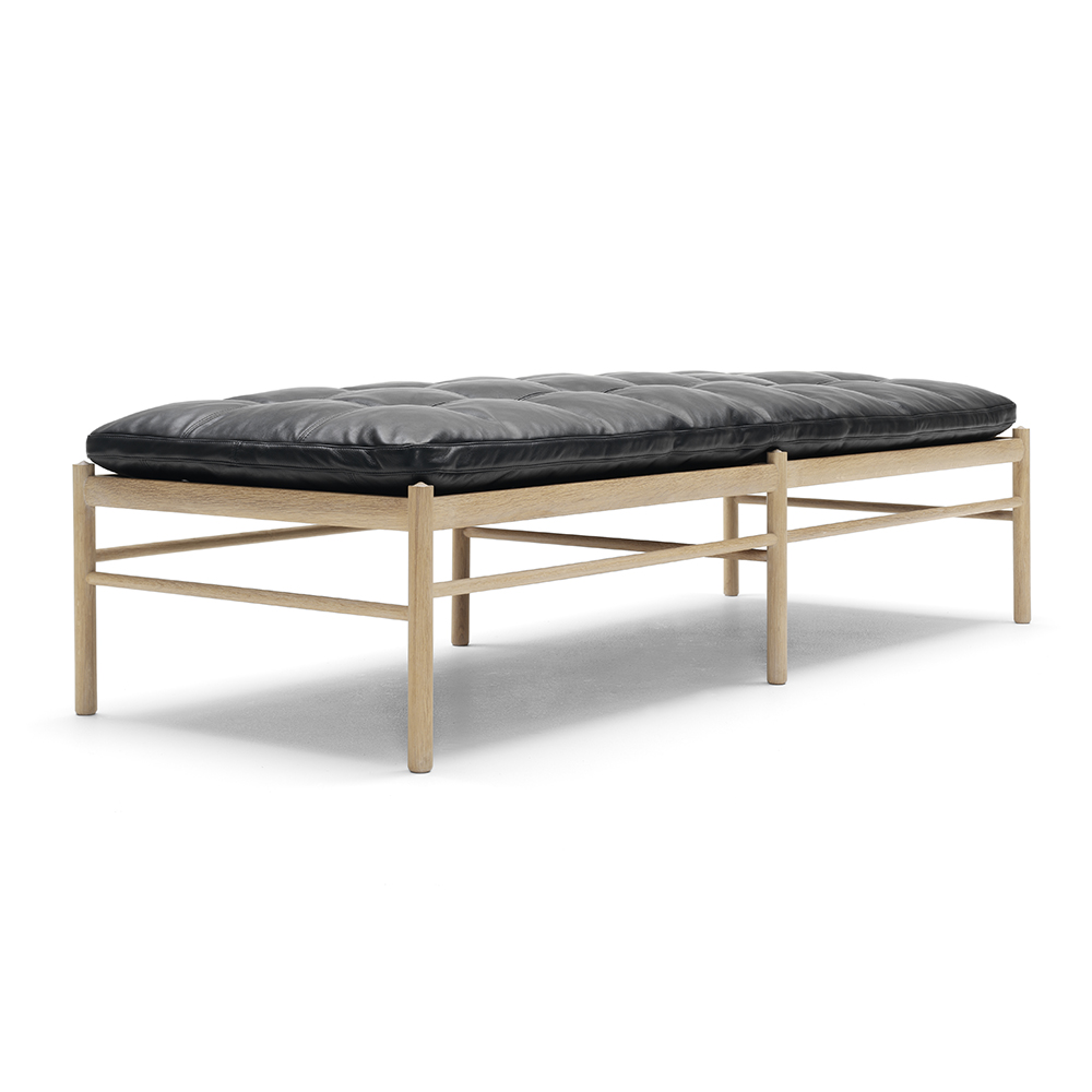 OW150 Daybed designed by Ole Wanscher, manufactured by Carl Hansen & Son