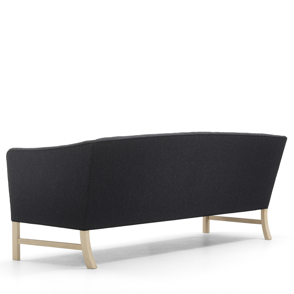 OW603 Sofa designed by Ole Wanscher, manufactured by Carl Hansen & Son