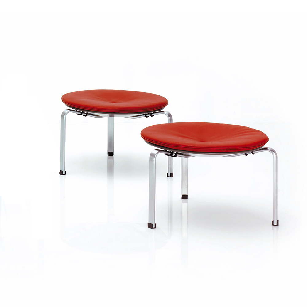 PK33 stool designed by Poul Kjaerholm for Fritz Hansen