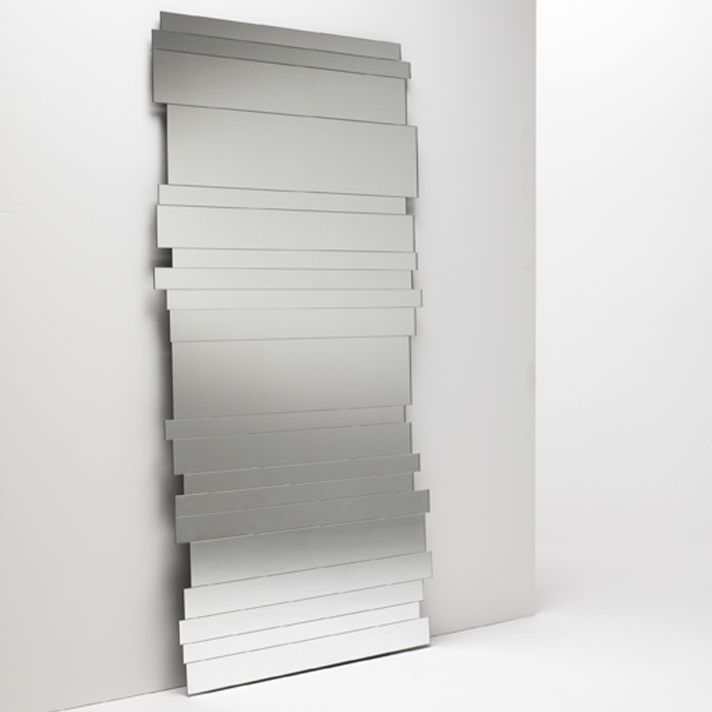 Paradox mirror designed by Piero Lissoni for Glas Italia