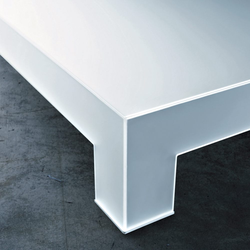 Atlantis Tavoli Bassi designed by Lorenzo Arosio for Glas Italia