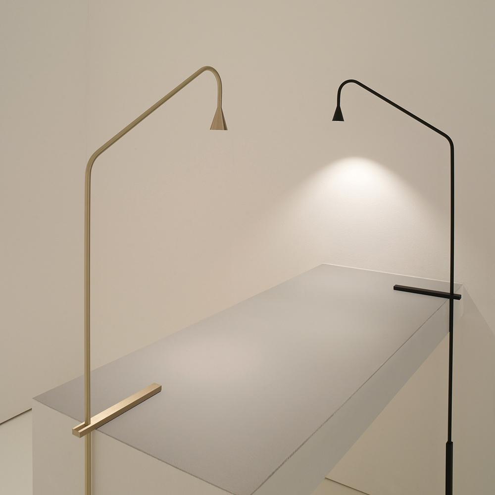 austere table lamp Hans Verstuyft trizo21 contemporary designer table lamp