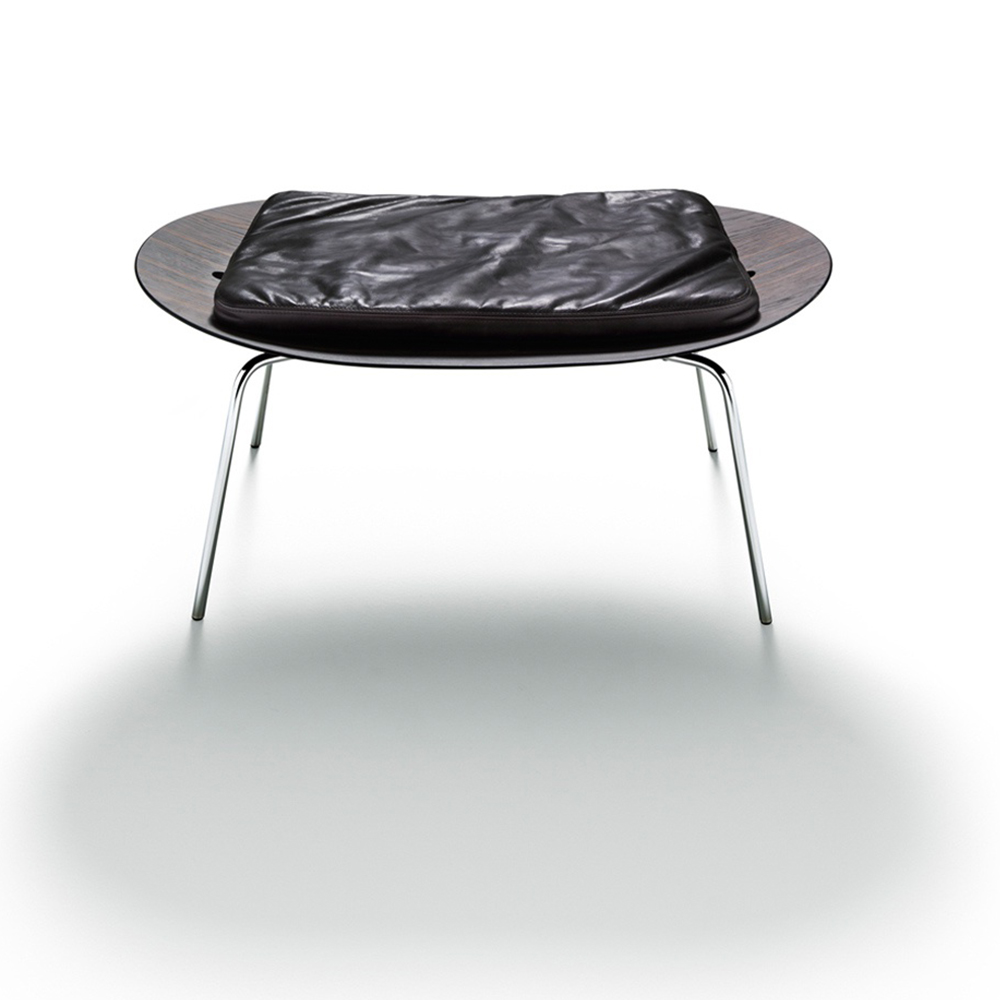 Betulla table by Vico Magistretti for De Padova italian designer accessory table