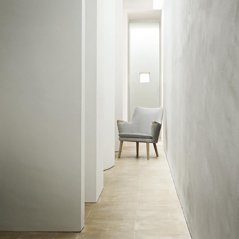ch71 hans j wegner carl hansen and sons midcentury modern danish designer upholstered wood chair