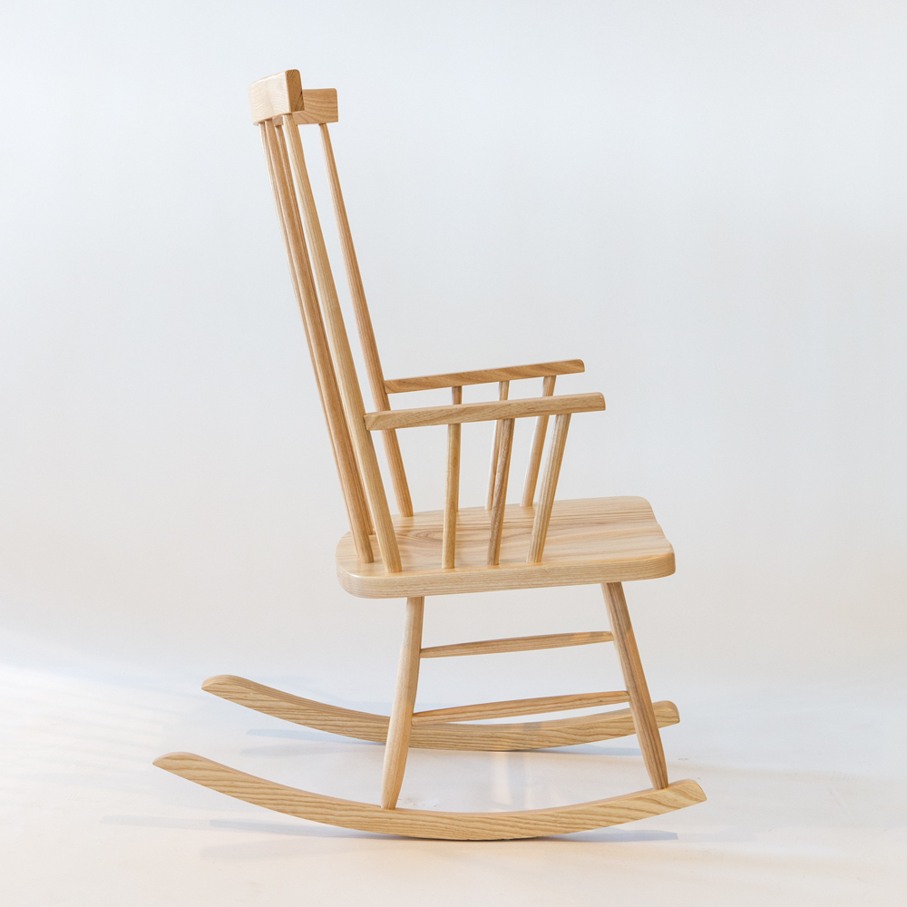 Charmant Classic Rocking Chair