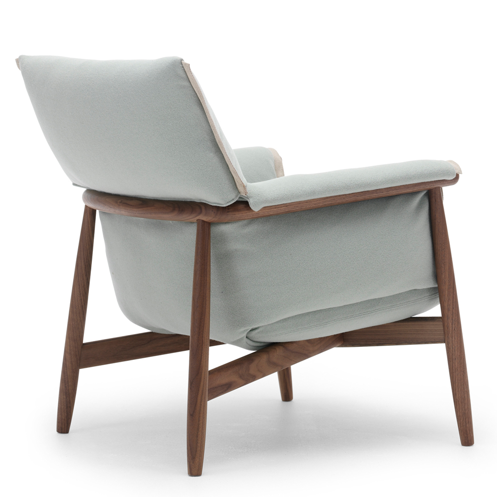 e015 embrace lounge eoos carl hansen suite ny