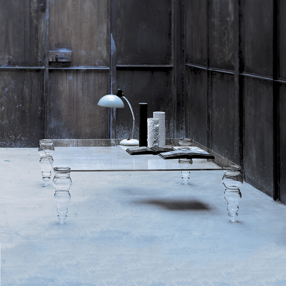 Post Modern designed by Piero Lissoni for Glas Italia shop suite ny