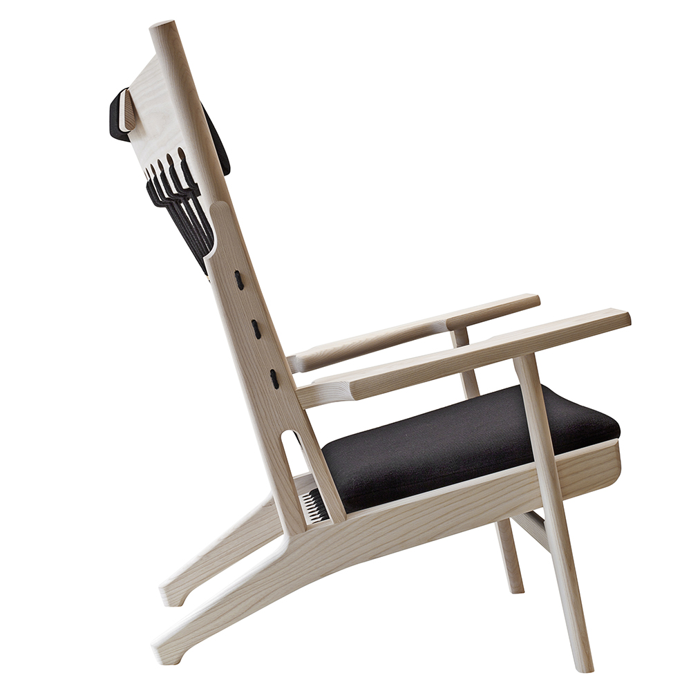 pp129 web chair hans j wegner pp mobler danish designer wooden easy chair cushions rope backing