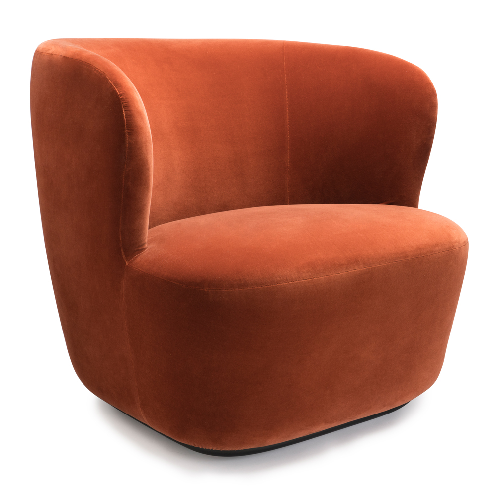 stay lounge space copenhagen suite ny gubi lounge chair oranage rust velvet icff 2