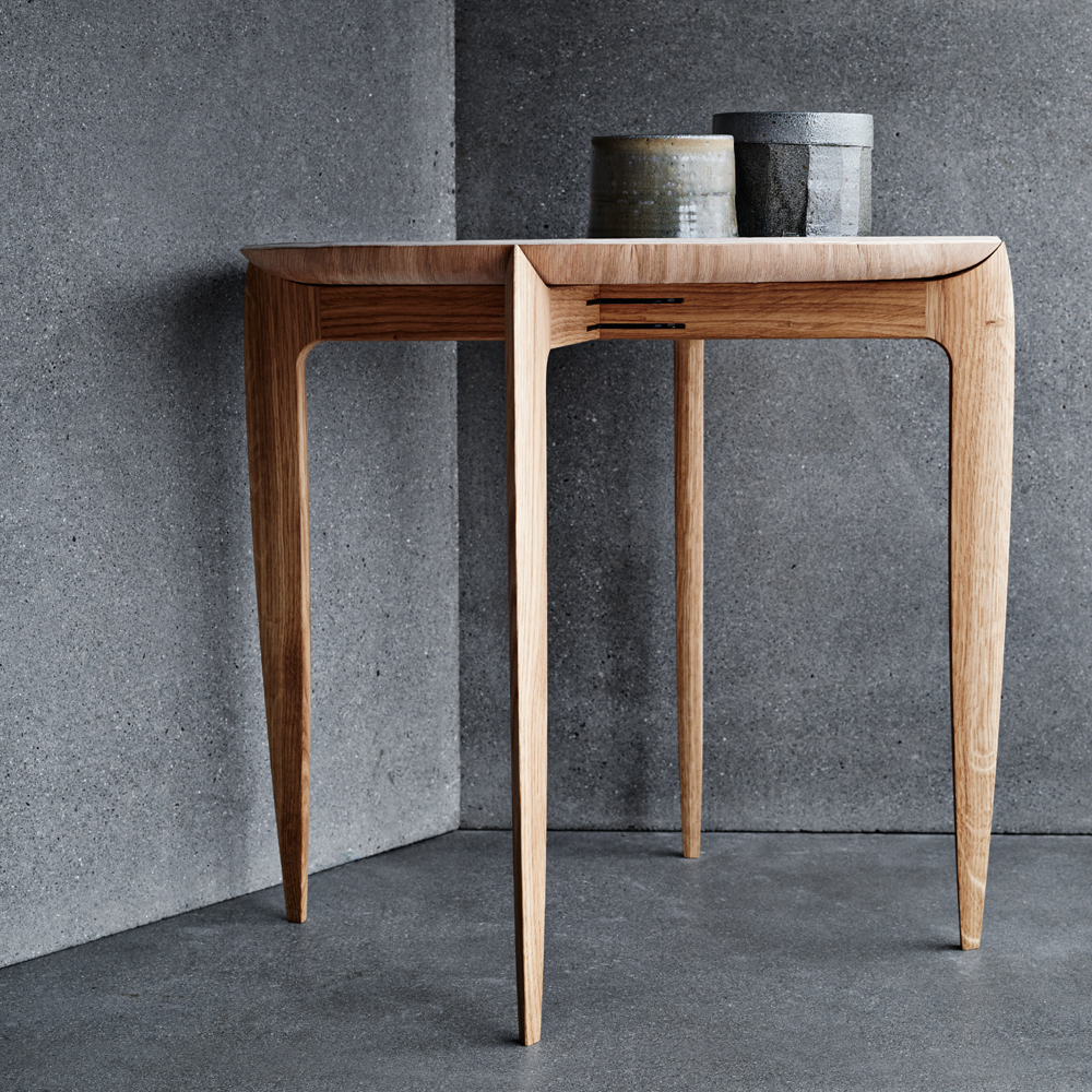 fritz hansen tray table Willumsen and Enghold suite ny