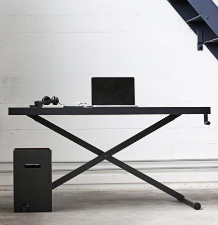 X Table, kibisi X table, height adjustable desk, ergonomic desk, desks for back health, manual height adjustable desk, raise and lower desk, productpartner, danish design, modern desks, modern office furniture,