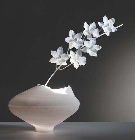 Cymbidium Ming Vase, table lamp, Jeremy Cole, new zealand, porcelain, lighting design, SUITE NY
